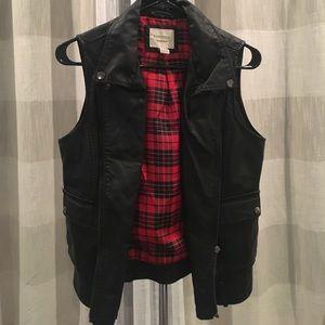 Black leather vest!! Forever 21! Worn once!