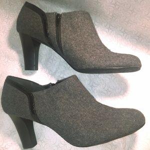 Liz Claiborne Grey and Black booties nwt
