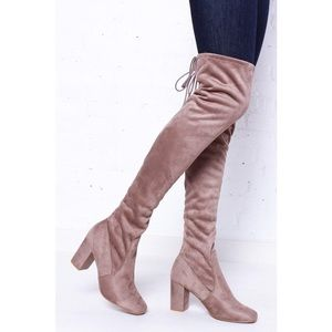 🆕 Chinese Laundry Kiara Over The Kneet Boot Taupe