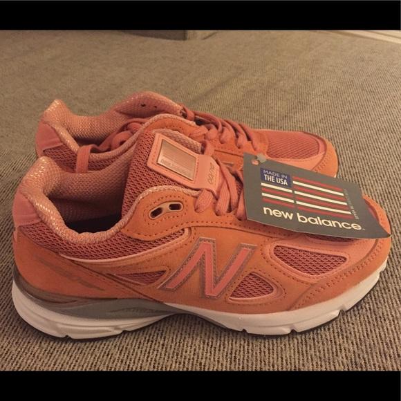 best website c1602 eb832 New Balance 990v4 size 7 Sunrise rose gold shoe