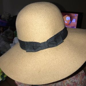 Forever 21 Tan Hat