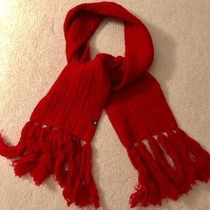 GAP red scarf