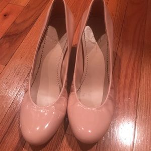 Jessica Simpson Pink Patent leather wedges