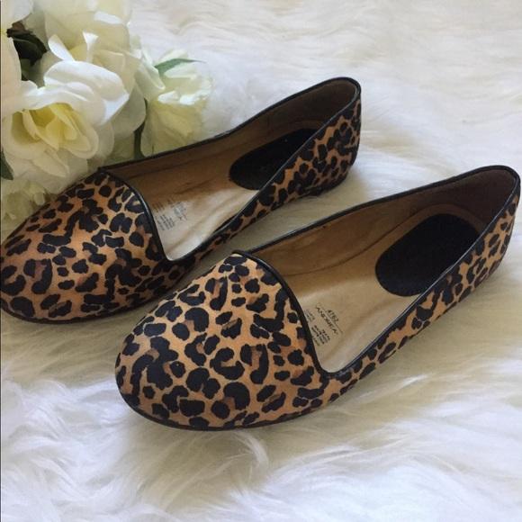 ladies leopard print loafers