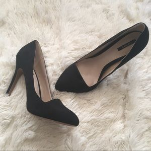 Forever 21 black faux suede pointed toe pumps 7.5