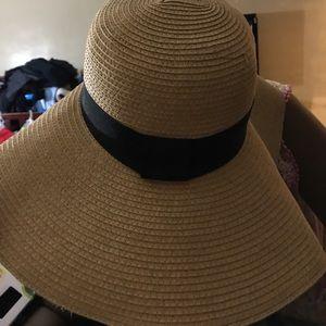Forever 21 Sun Hat