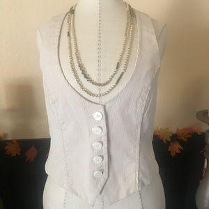 NY&C. Size 4 vest.