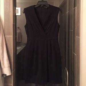 Black Work Dress - Banana Republic (00P)