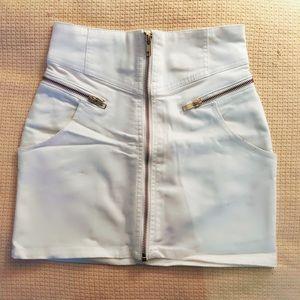 H&M | White Zipper Detailed Mini Skirt