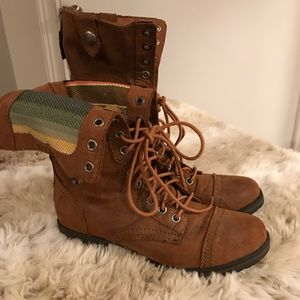 🌟MOSSIMO boots
