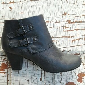 Sam & Libby ankle boots gray size 9