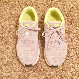 Nike Zoom Fly 2 sneakers size 7.5