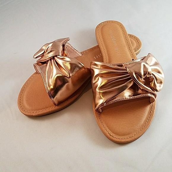 0664405d178 Madden Girl Shoes - Madden Girl Rose Gold Justyne Slip On NWOT