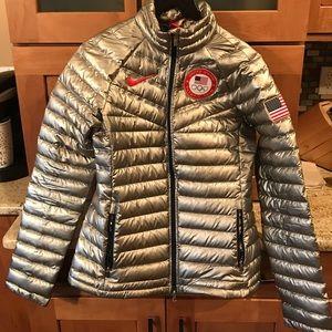 Nike Women's Olympic Down Coat size Med.