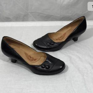 Sofft Black Victorian Button Kitten Heels 6.5M