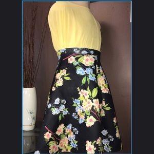 Windsor Floral skirt