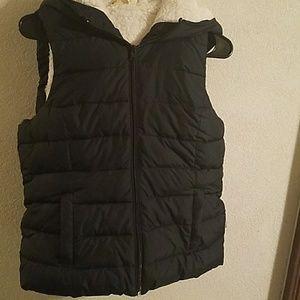 Hollister navy blue fleece lined zip down vest.