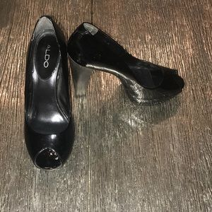 Aldo black patent heels