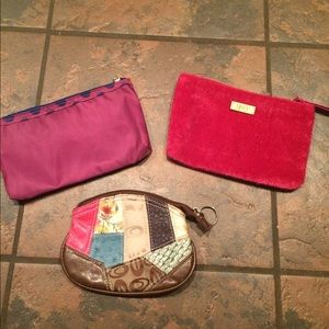 Handbags - Lot of 3 makeup bags check it out!