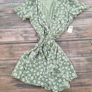 Cute Floral Chiffon Wrap Dress NWT