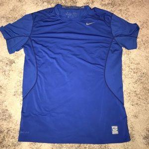 """Men's Nike """"Pro-Combat"""" T-shirt/Large"""
