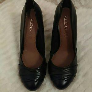 Aldo Leather Heels (NWOT)