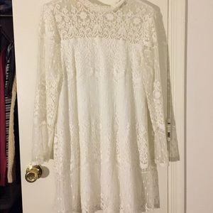 White lace dress long sleeve keyhole back