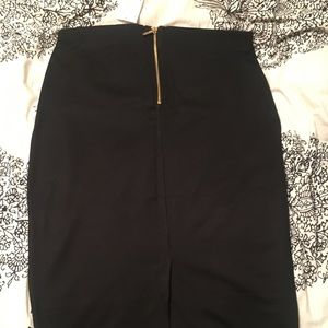 H&M black pencil skirt with gold zipper