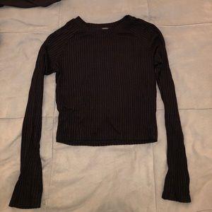 Forever 21 black long sleeve crop top