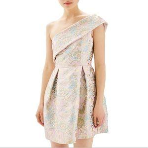 NWT Topshop Gold Floral Jacquard Mini Dress