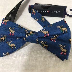 Tommy Hilfiger Men's Pre-Tied Bow Tie