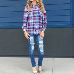 Tops - New red & blue plaid flannel long sleeve warm top