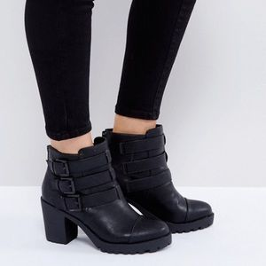 Multi Buckle Chunky Heeled Boot