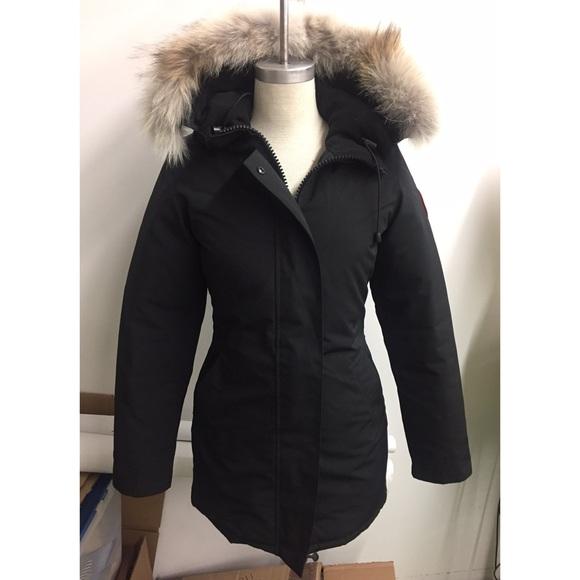Canada Goose Jackets   Blazers - Canada Goose Victoria Parka XS 585c5acb1