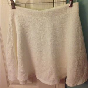 Brand new Cream Circle skirt from Forever 21 NWT!!