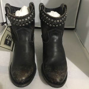 Frye Diana Cut & Studded Leather Short Boot 5.5