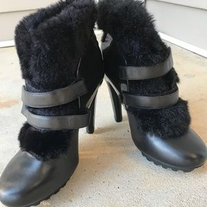 United Nude Women's Eros Teddy Fur Boots Size 7.5