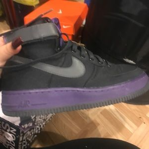 Black and purple nike high top Air Forces