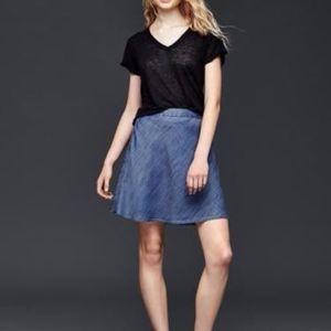 GAP Flippy Tercel Chambray Mini Skirt