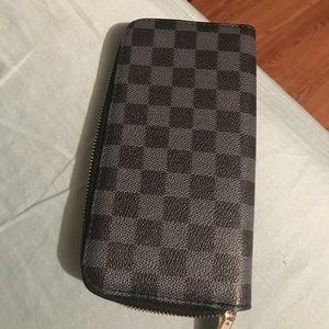 Louis wallet