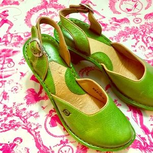 Born Bright Green Leather Slingback Clog Size 7