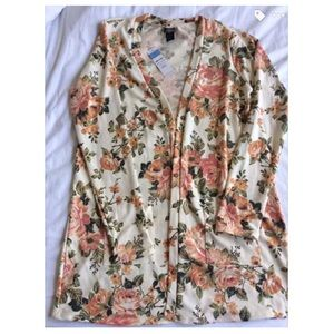 Agnes and Dora floral cardigan size large