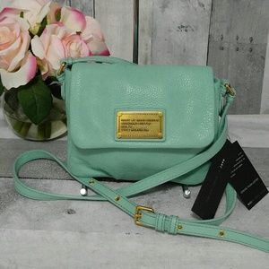 Marc Jacobs Isabelle Classic Q Crossbody