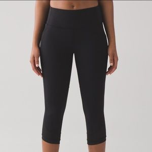 "Lululemon Fit Physique Crop 19"", Size 8"