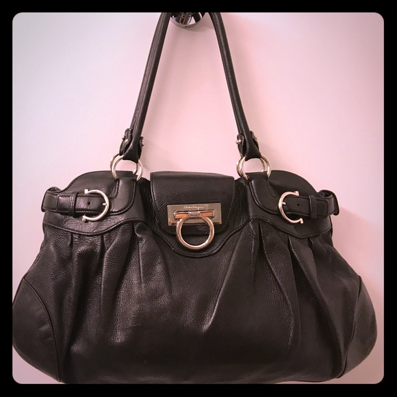 Salvatore Ferragamo Black Leather Marisa Handbag. M 59e6b9837fab3a335306eccc db0188bc2c