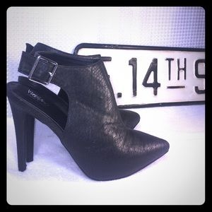 Mossimo heeled boots!! Size 11- brand new!