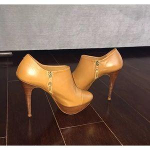 Zara Camel Colored Platform Ankle Boots
