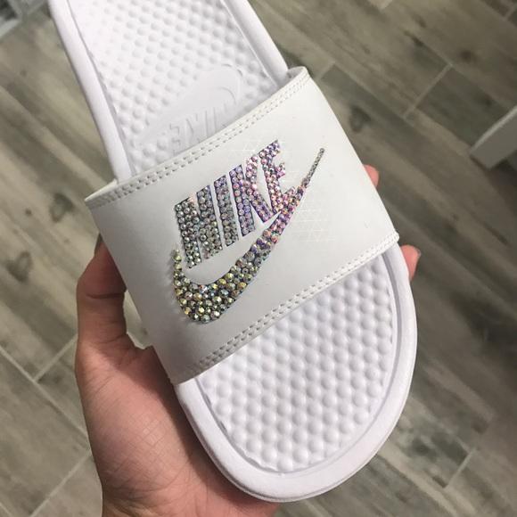 reputable site 9e74d c5392 Custom Nike Benassi Slides