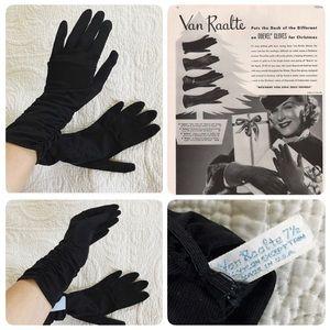 NWT Vintage Van Raalte 40's/50's nylon gloves, 7.5