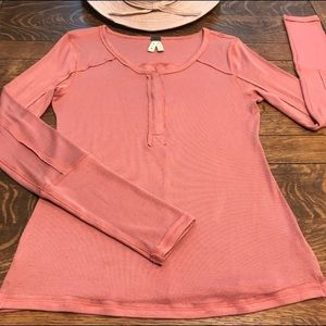 Free People Stretchy Rayon Thermal Tops Rivets LG.